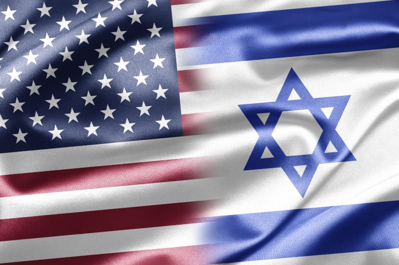iStock 20492165 MD – American and Israeli flags