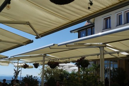 shade sails for your homes