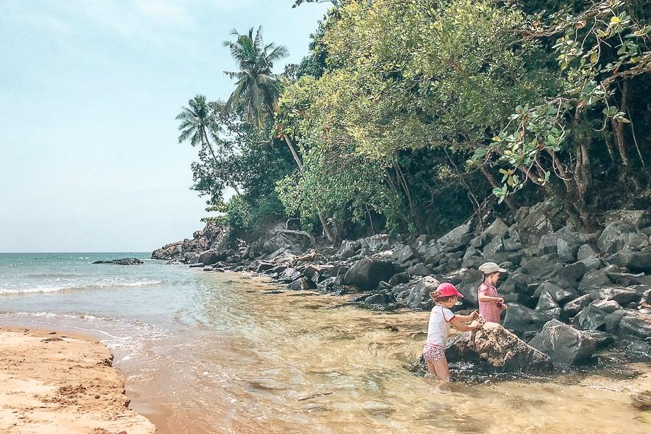 Tioman Kids Playing Bushman