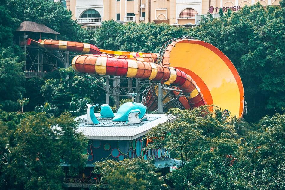 Thrilling Attraction Water Slide Tube Vuvuzela Sunway Lagoon