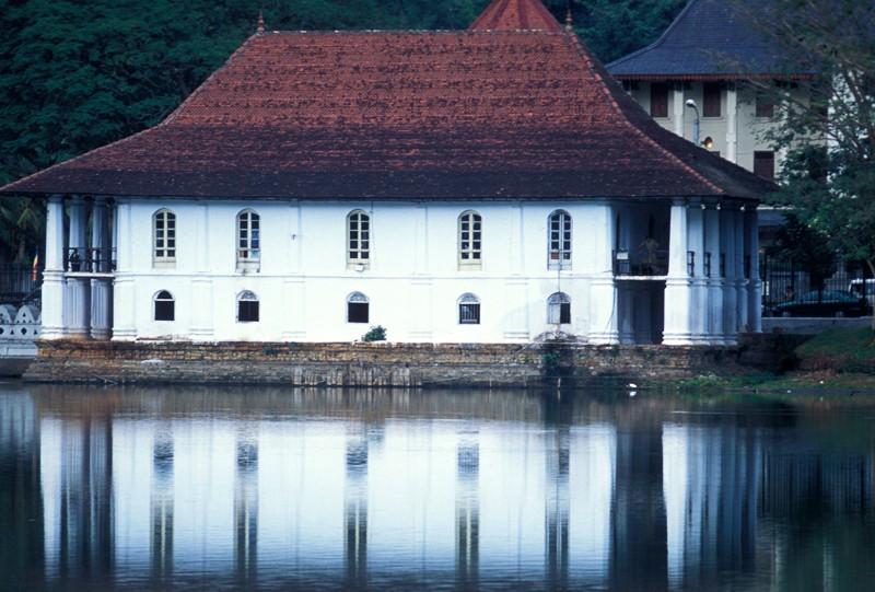 Kandy Lake Sri Lanka a voir