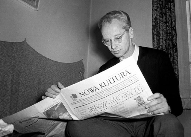 image source: http://www.newsweek.pl/plus/kultura/jerzy-andrzejewski-i-jego-biografia-ciemne-strony-zycia-pisarza,artykuly,419938,1,z.html