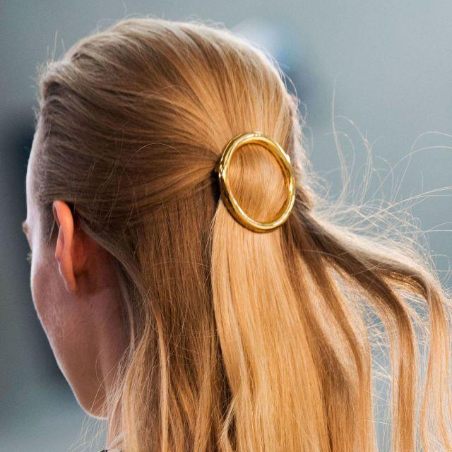 5499df8d24d5a_-_hbz-pfw-ss2015-beauty-celine-hair-promo
