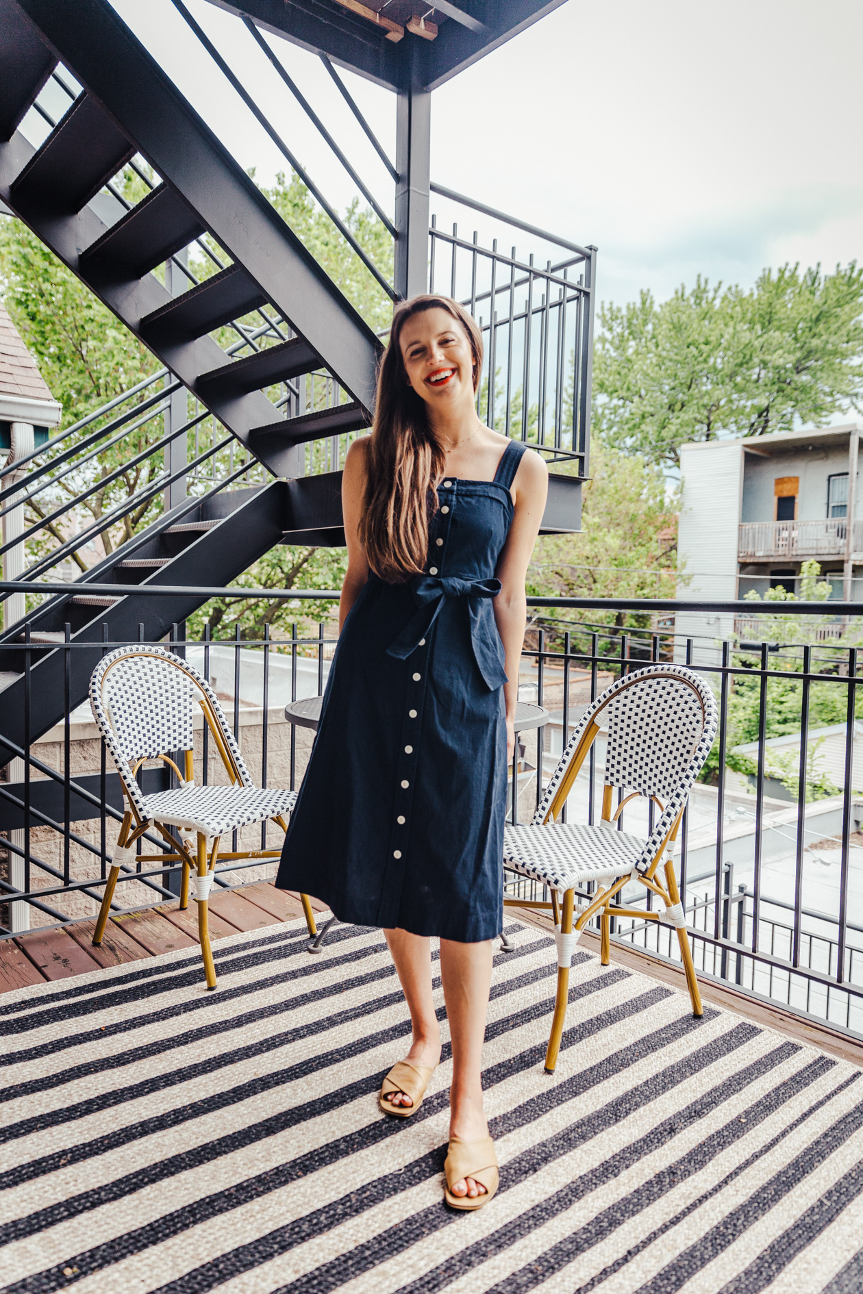 Photo of 12 Comfy Summertime Everlane Staples (And 8 Ways to Wear Them!)
