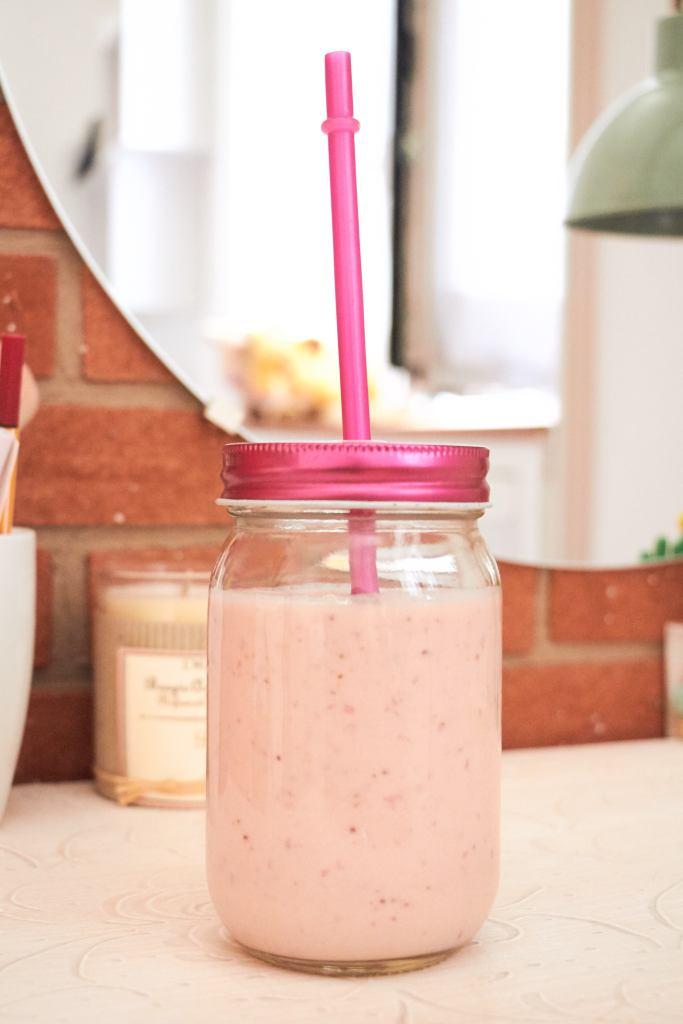 frullato-fragola-banana-yogurt-4