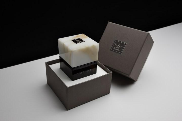Calacatta with box