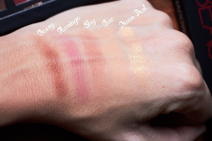 HUDA swatches shimmer matte copia