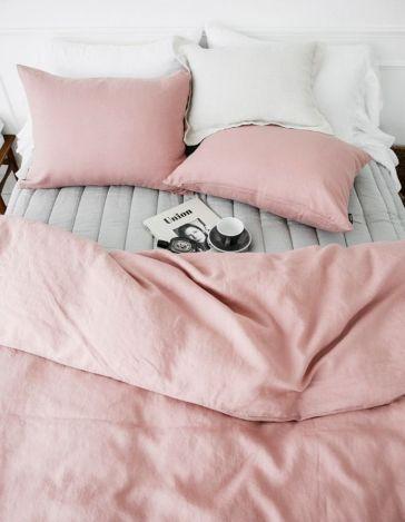 letto cuscino contorno occhi