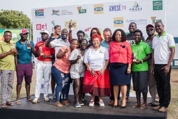 Golfers thrill, compete, network at South African Freedom Day tournament