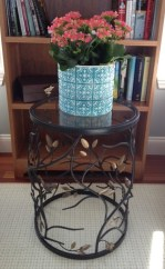 photo of accent table with bird details
