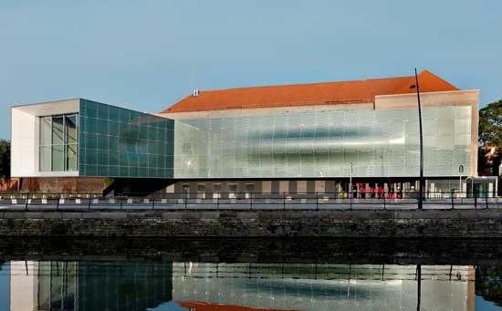 Calais lace museum