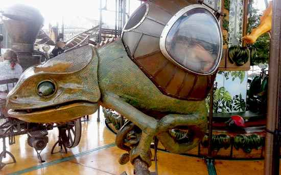 giant lizard nantes