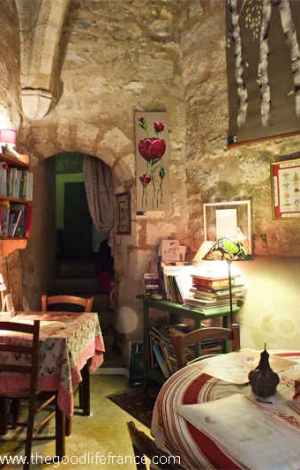 bourges roman tea room