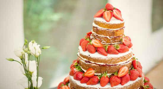 naked wedding cake french style