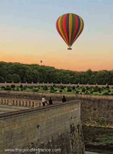 wine tasting chenonceau hot air balloon