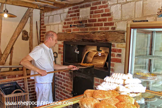 bread oven france