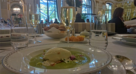 peninsual-paris-hotel-lunch