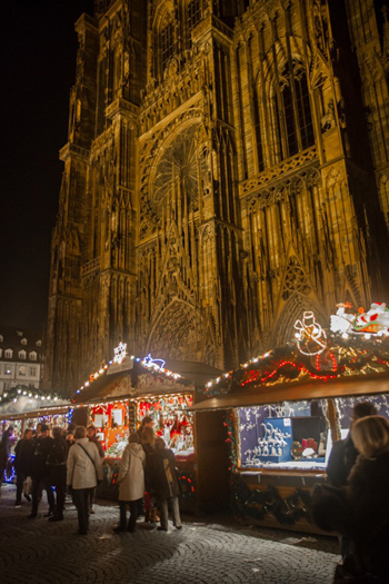 Strasbourg Cathedral lit up for Christmas