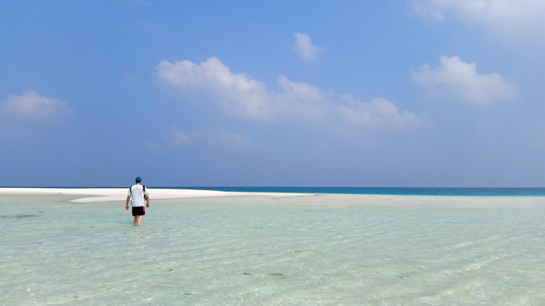 The shallow waters off Bangaram island - beach pictures from around the world