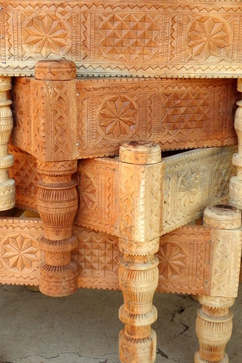 Gujarat_HiralakshmiCraftPark_CoffeeTables - The colours of Kutch