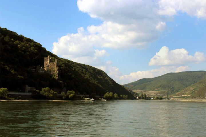 River castleA road trip through Germany, and other ways to pass the time (Part 3): the Rhine valley