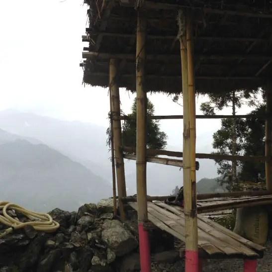 Kalimpong_DriveToTeesta_RoadsideGazebo