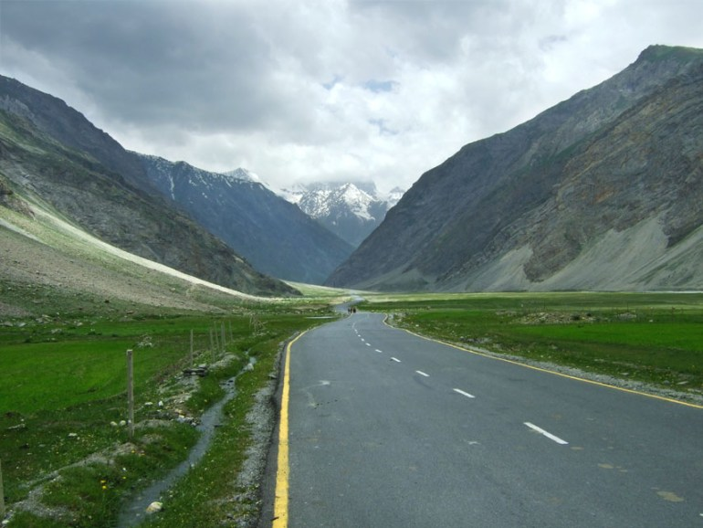 Leh - Road to Zoji La 1 - Eight things we learned in Ladakh