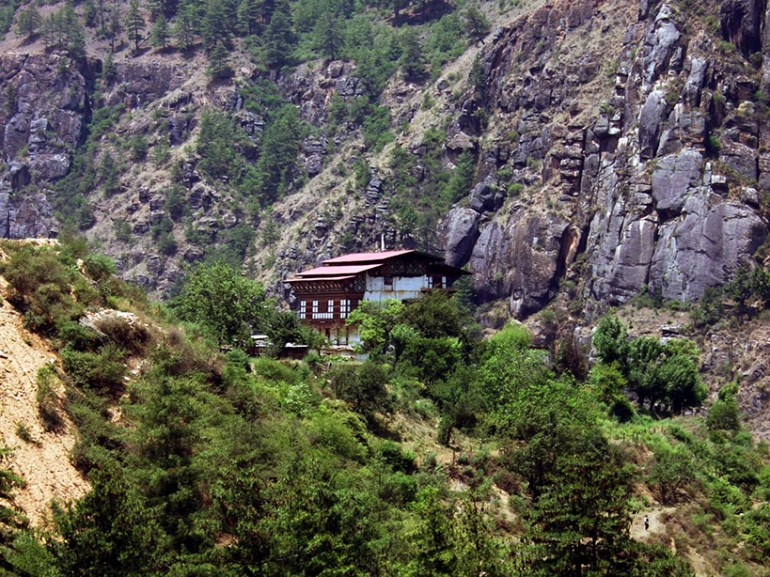 Bhutan - House in the countryside
