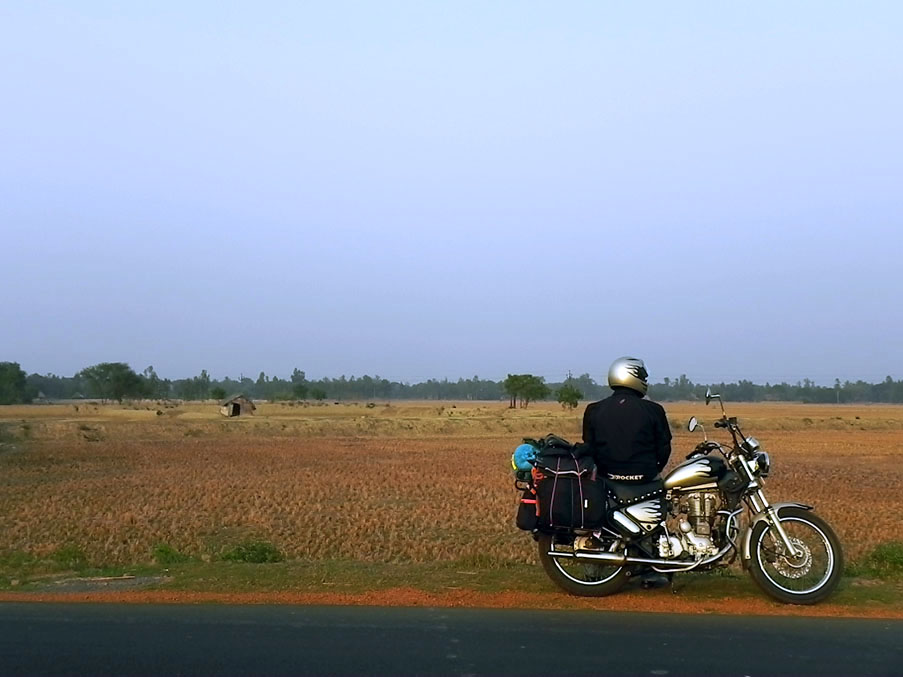 What you experience on a 7-day, 2000-kilometer motorcycle ride along India's east coast