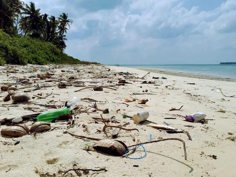 PLastic debris on Thinnakara, Lakshadweep, India- responsible traveller