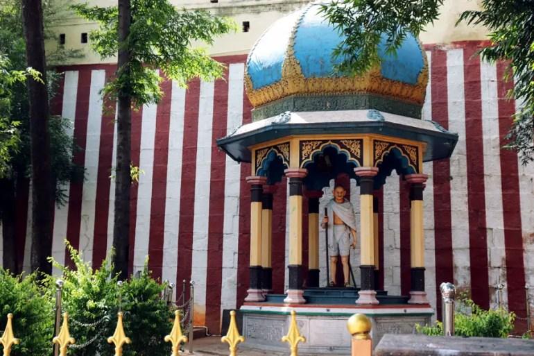 Madurai - Pudumandapa gandhi - Temples of Madurai and Thanjavur