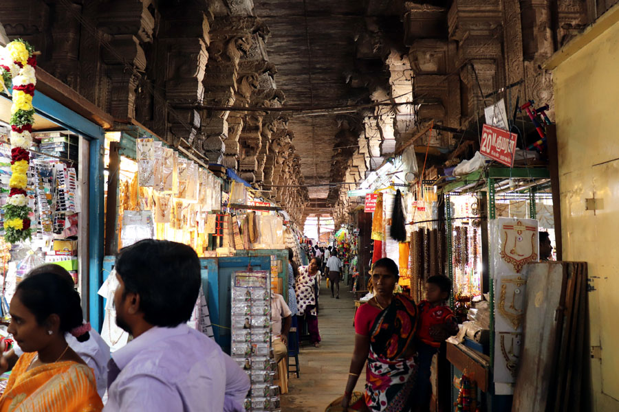 Madurai - Pudumandapa stalls - Temples of Madurai and Thanjavur