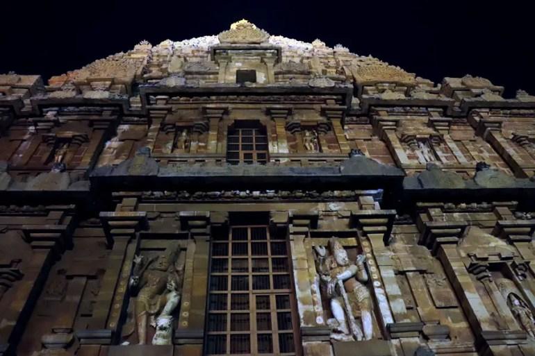 Thanjavur - Temple top facade - Temples of Madurai and Thanjavur