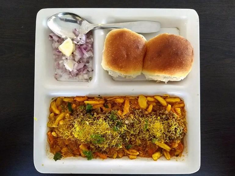 Misal pav - mixed snacks with spicy gravy and bread - Maharashtra - vegetarian dishes from India