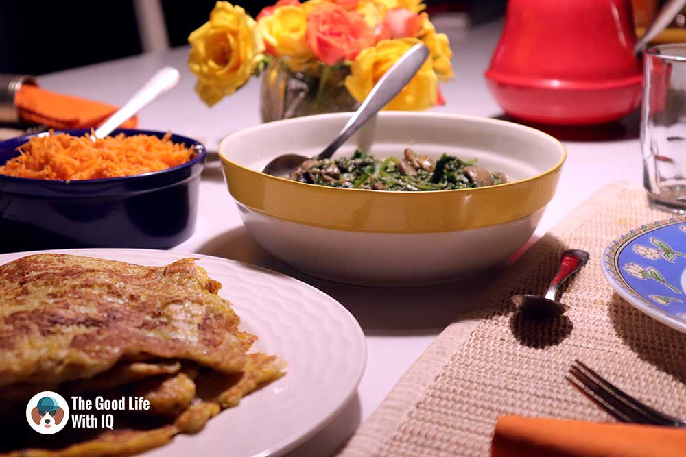 Vegetarian and satisfying: Pumpkin potato pancakes with creamed spinach and mushroom
