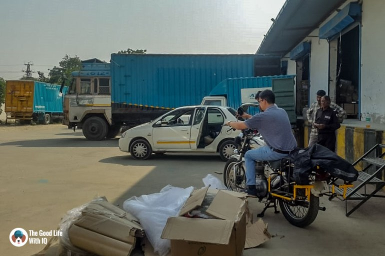 Jaipur - Picking up bike from the warehouse