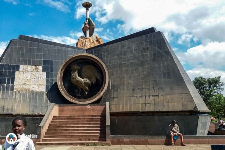 Kenya safari - Nairobi - Nyayo monument