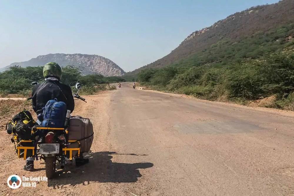 Road to Bundi