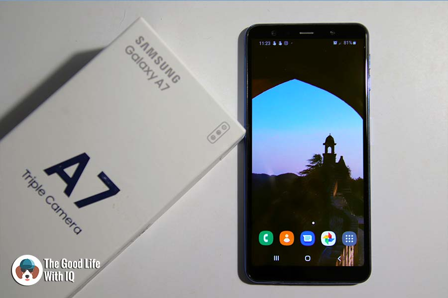 Samsung Galaxy A7 with cover