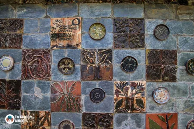 Terracotta on a wall in Andreta