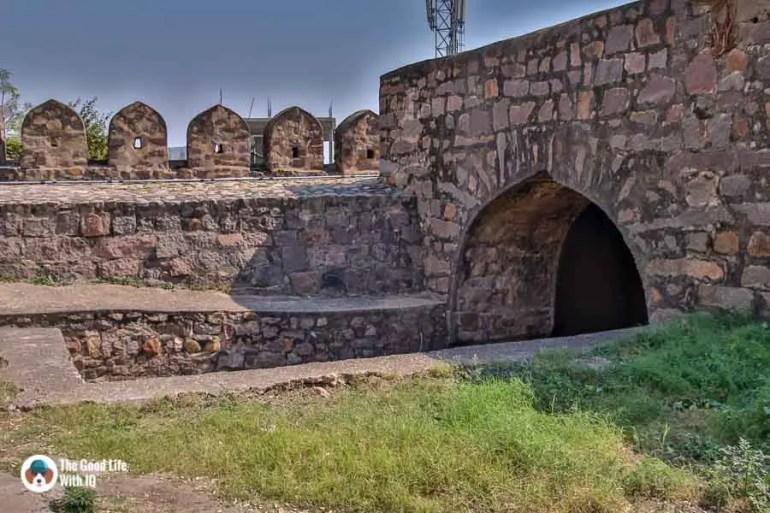 Murda Gate, Bala Hisar