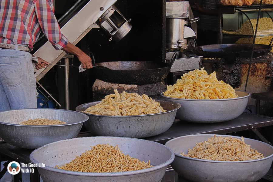 Fried snacks, Udaipur