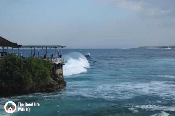 Waves at Mahana Point, Ceningan, Bali