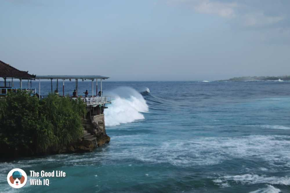 Waves at Mahana Point, Ceningan, Bali