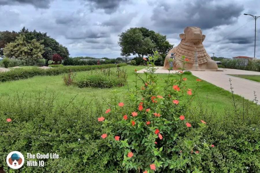 Nandi statue - Lepakshi