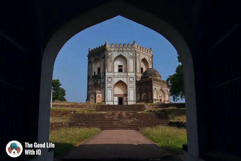 Chaukhandi - Hyderabad to Bidar road trip