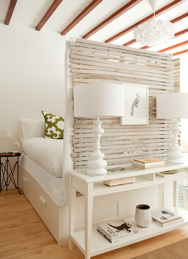 Exposed Lath Room Divider