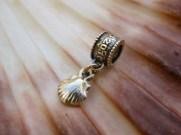 Camino jewelry gift at Christmas