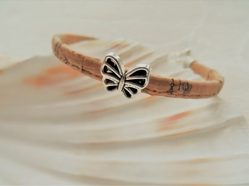 Butterfly bracelet for new adventures