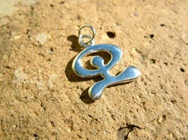Indalo pendant for protection and health